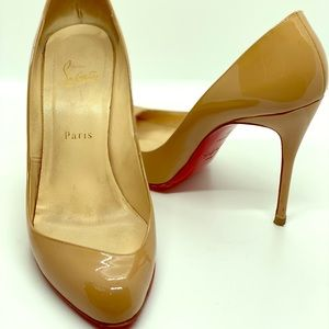 Authentic Nude Christian Louboutins ❤️